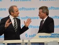 U-Kommissar Günther Oettinger besucht CeBIT-Stand der Software AG