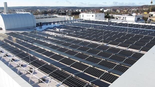 Bild von FAULHABER nimmt erste Solaranlage in Betrieb