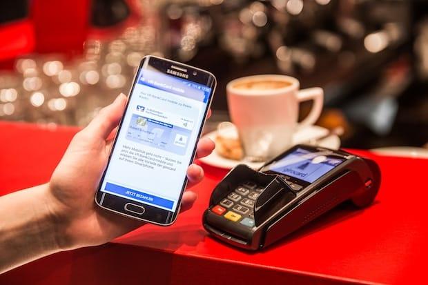 Bild von Weltpremiere: Erste girocard-Transaktion mit girocard mobile und Vodafone Wallet