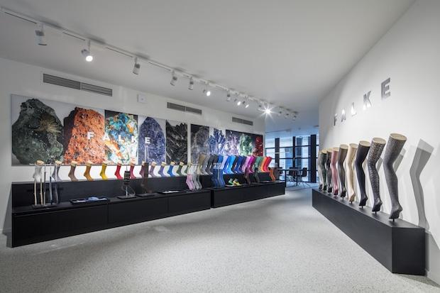 Bild von Klassik und Moderne – FALKE in Antwerpen