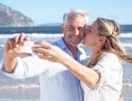 Umfrage: Mehr als jeder Zweite nutzt für Schnappschüsse am liebsten Mobilgeräte