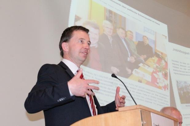 Extra aus Brüssel angereist: Parteigründer und Parteichef Prof. Bernd Lucke.