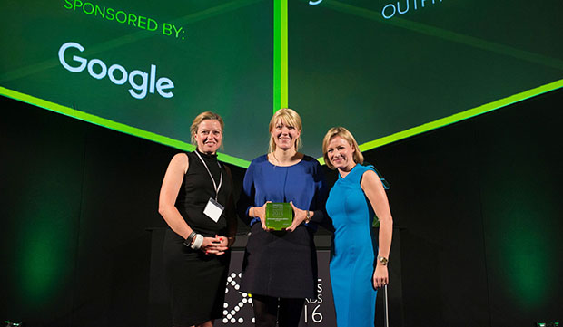 Photo of OUTFITTERY-Gründerinnen gewinnen Digital Masters Award