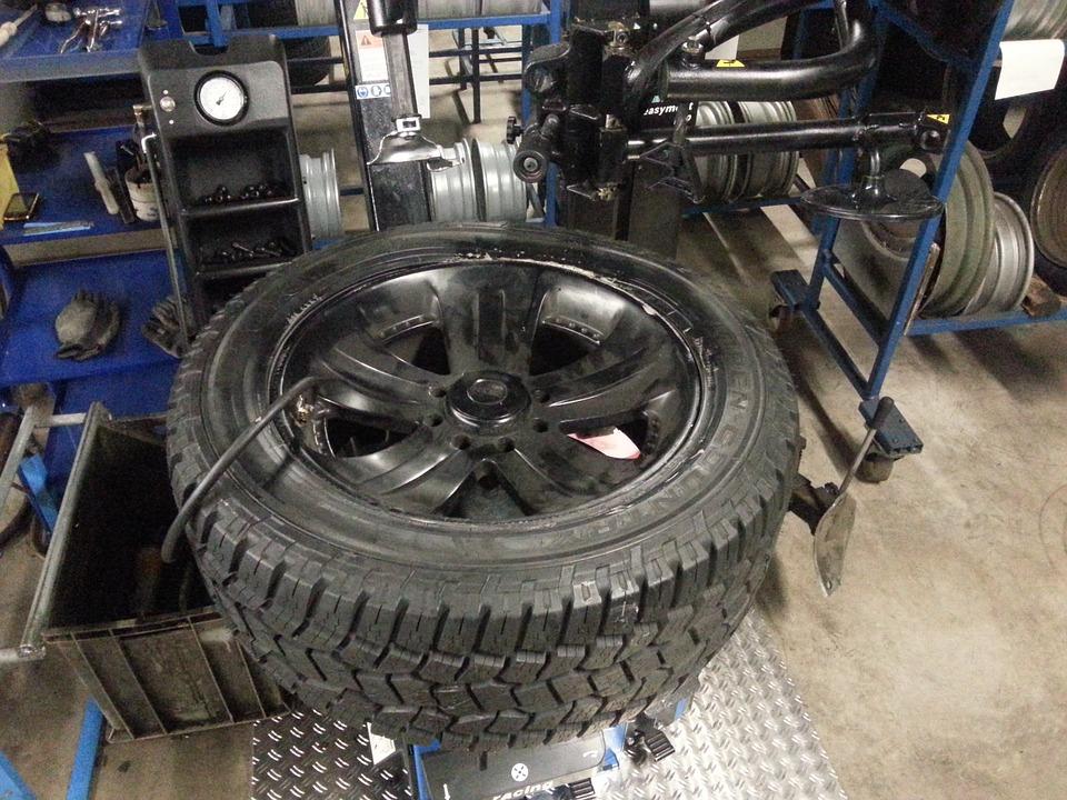 Photo of Mit den richtigen Reifen ganzjährig sicher unterwegs