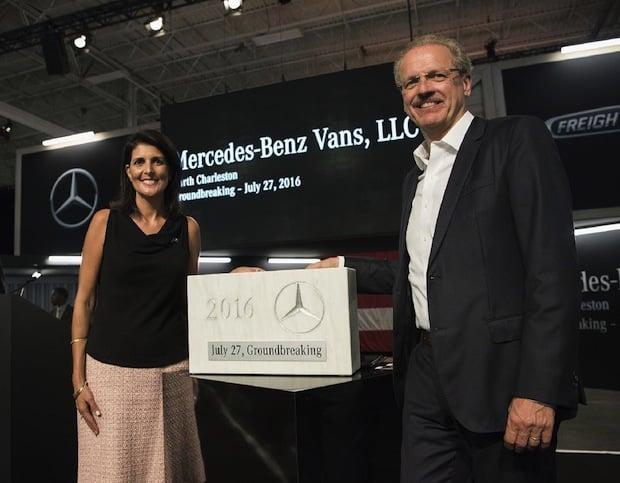 Bild von Mercedes-Benz Vans feiert ersten Spatenstich für neues Sprinter-Werk in North Charleston