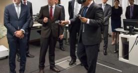 Industrie 4.0: Delegation aus Singapur informiert sich beim Fraunhofer IGD über Internet-Technologien