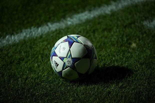 Photo of 1:0 für das Fan-Erlebnis – So punktet digitales Sponsoring in der Fußball-Bundesliga