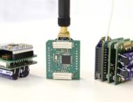 Sensoren überwachen den Zustand von Kränen und Staplern