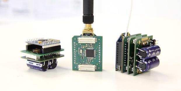 Bild von Sensoren überwachen den Zustand von Kränen und Staplern