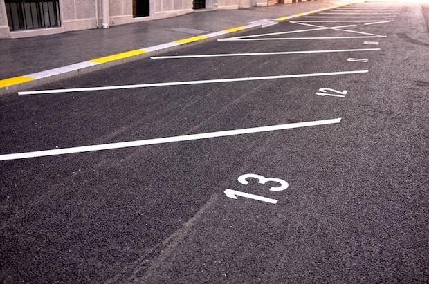 Photo of Parkplatzkosten weltweit: Hier müssen Autofahrer am tiefsten in die Tasche greifen