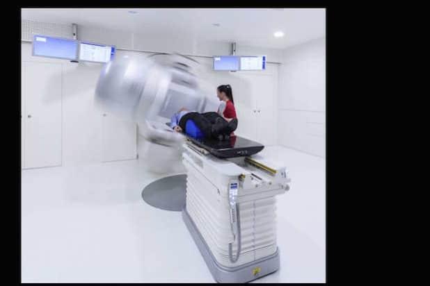 Bei strahlentherapeutischen Leistungen gehört RADIO-LOG bundesweit zu den drei größten Anbietern. In Günzburg (Foto) eröffnete das medizinische Versorgungsunternehmen im Frühjahr die sechste Strahlentherapie. Neben hochmoderner Technik spielen eine positive Atmosphäre und die Fürsorge für die Krebspatienten eine besondere Rolle in der Unternehmensphilosophie. (Quelle: RADIO-LOG)