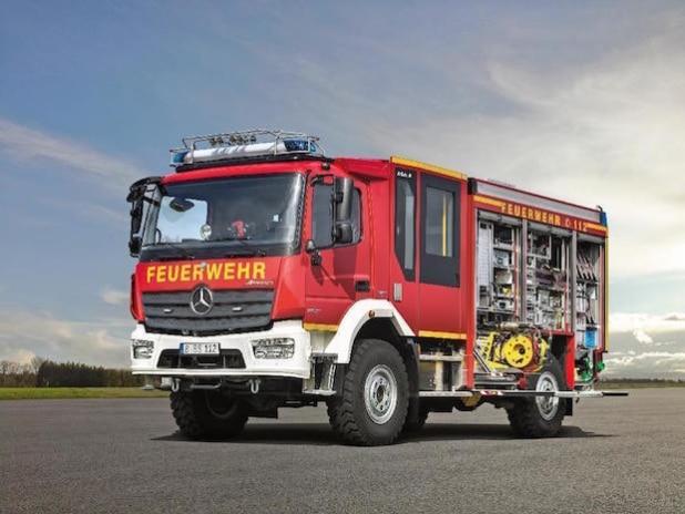 Löschgruppenfahrzeug in Euro VI-Ausführung: Mercedes-Benz Atego 1323 AF 4x4 Euro VI mit einem Aufbau vom Typ LF 10 KatS der Firma Ziegler (Quelle: Daimler Communications)