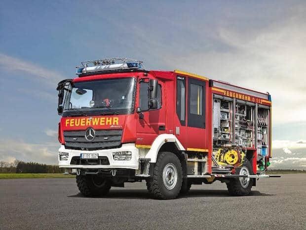Photo of Großauftrag für Feuerwehren von Mercedes-Benz LKW