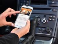 DEVK Unfallmelde-App holt Hilfe für verunglückte Autofahrer