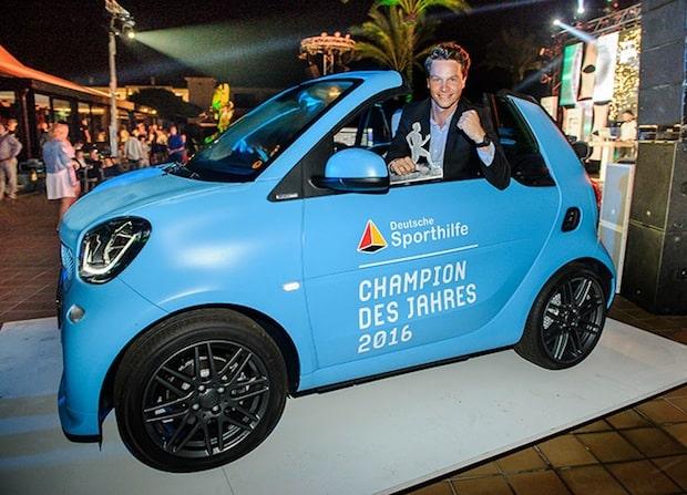 Photo of smart bei der Wahl zum CHAMPION DES JAHRES 2016