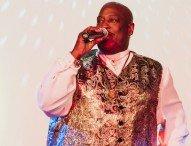 Boysie White – Die Stimme auf Ihrer Firmenfeier