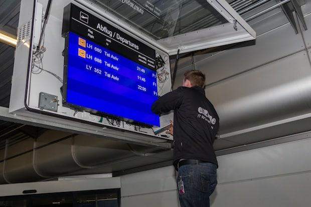 Photo of Calmo von EXTRA Computer als neue Anzeige Controller für das Fluginformationssystem am Flughafen München