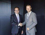Mercedes-Benz und Württembergische Versicherung bauen Kooperation aus