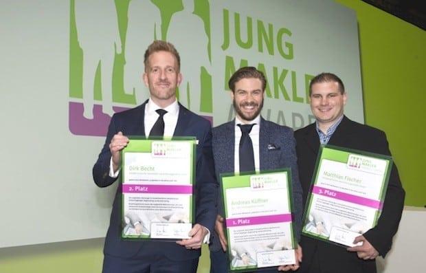 Photo of Nachwuchsmakler mit dem Jungmakler Award 2016 ausgezeichnet