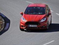 Aufgrund der Alltagstauglichkeit wachsendes Interesse von Frauen an sportlichen Ford-Kompaktfahrzeugen