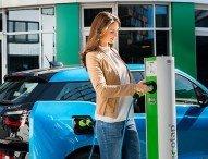 intercharge wächst mit über 240 Partnern zum weltweit größten Ladenetzwerk für Elektrofahrzeuge