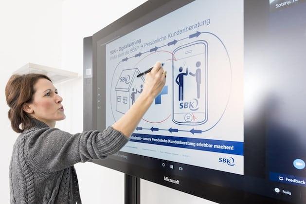 Photo of Surface Hub optimiert Kundenberatung der Siemens-Betriebskrankenkasse