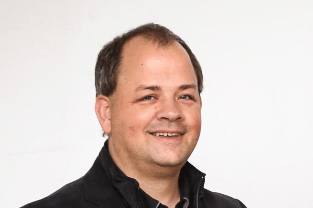 """Sven Oliver Rüsche agiert als Chefredakteur der Mittelstand Nachrichten """"am Puls der Wirtschaft"""" und weiß, was Unternehmer denken."""