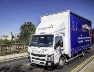 Effizient und umweltfreundlich: Fuso Canter 7C15 Eco Hybrid überzeugt britischen Logistiker auf ganzer Linie