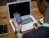 Smartphones – die unverzichtbaren Begleiter im privaten und beruflichen Alltag