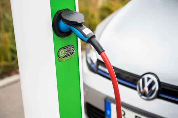 Bild von Volkswagen Konzern beteiligt sich an Hubject, der führenden eRoaming-Plattform für europaweites Laden von Elektrofahrzeugen