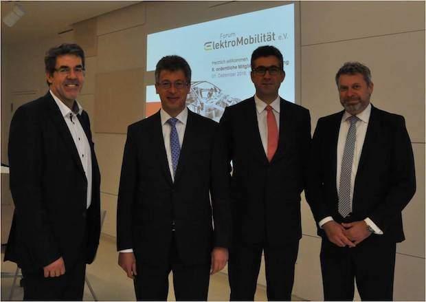 Photo of Forum ElektroMobilität stellt sich neu auf – Vernetzte Aktionsfelder sollen die Antriebswende ganzheitlich beschleunigen
