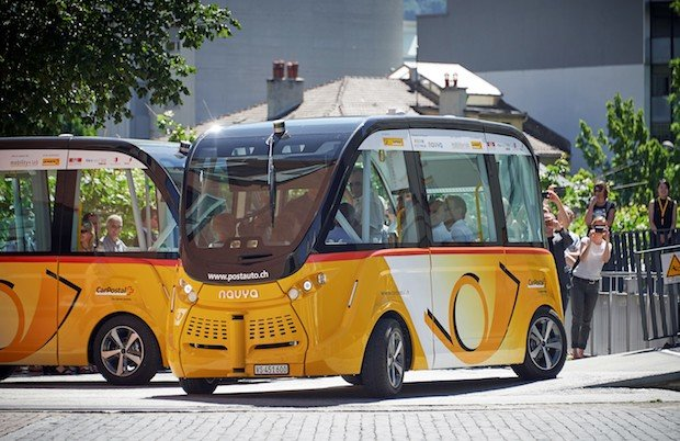 Photo of Digitale Mobilität: Autonomes Fahren auf der CeBIT erleben – mit dem SmartShuttle der Schweizer Post