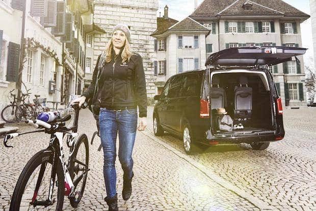 Photo of Mercedes-Benz Vans erweitert Triathlon-Engagement 2017 mit Daniela Ryf als neuer V-Klasse Markenbotschafterin