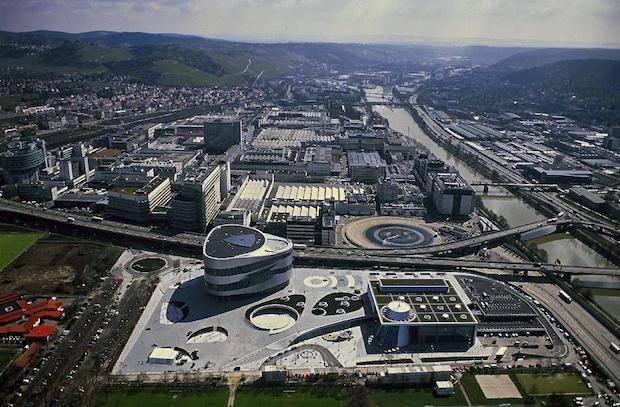 Photo of Mercedes-Benz Werk Untertürkheim schafft Voraussetzungen für Elektromobilität