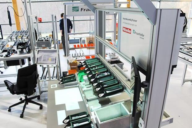 Photo of Fraunhofer und Miele entwickeln den SmartAssemblyTrainer