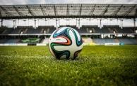Deutsche Bundesligaklubs haben die Jagd auf Özil begonnen