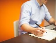 Bequemes Sitzen am Arbeitsplatz: Tipps für geeignete Büromöbel