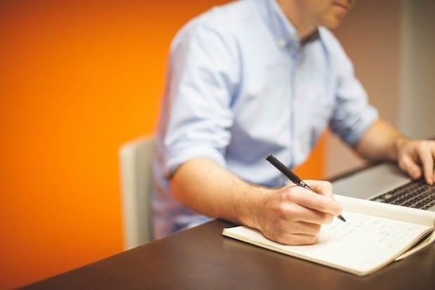 Photo of Bequemes Sitzen am Arbeitsplatz: Tipps für geeignete Büromöbel