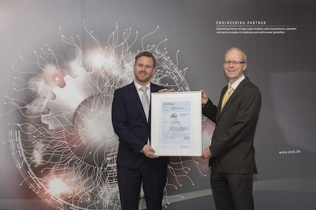 """Bild von TÜV Rheinland zertifiziert AVAT als """"Ausgezeichneten Arbeitgeber"""""""