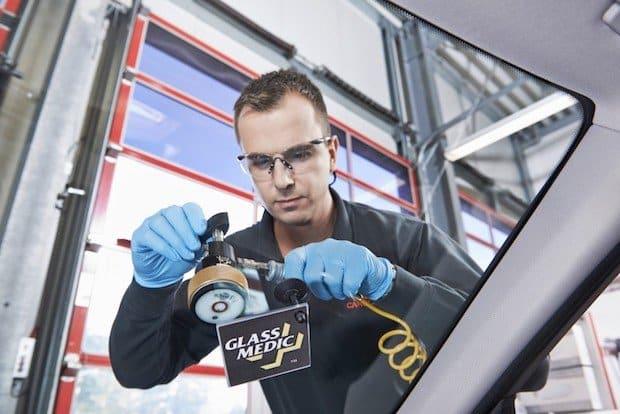 Photo of DEVK und Carglass reparieren Frontscheiben klimafreundlich