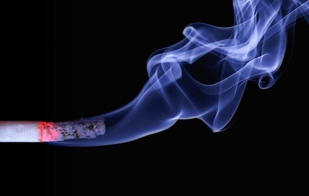 Bild von Zigaretten stopfen – Stopfmaschinen und Tabak im Ausland kaufen