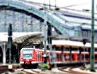 """""""Mashup"""": Bahnhöfe im Wandel der Zeit"""