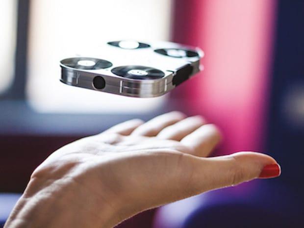 Bild von Weltweit erste fliegende Selfie-Kamera AirSelfie schon vor offiziellem Markteintritt mit 50 Millionen Dollar bewertet