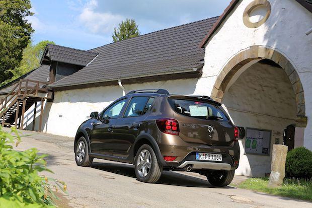 Photo of Bis zu 65 Prozent der Dacia Kunden wählen Topausstattung Stepway