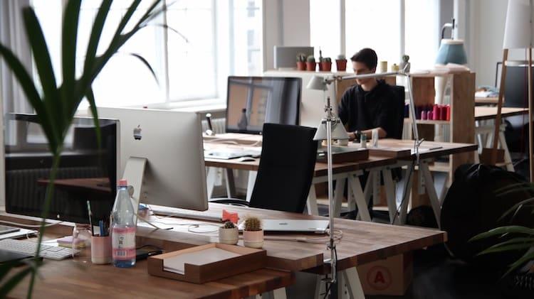 Photo of Ergonomie am Arbeitsplatz – So profitieren Arbeitnehmer und Arbeitgeber