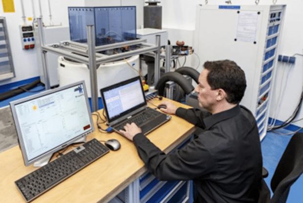 Photo of Elektromobile schneller entwickeln mit integrierter Prüf- und Testumgebung