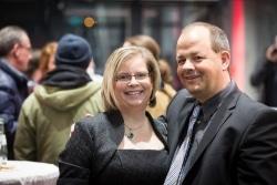 Herausgeber Sven Oliver Rüsche zusammen mit seiner Ehefrau Alexandra Rüsche (arbeitet ebenfalls als freiberufliche Journalistin für die MiNa) auf einem Redaktionstermin.