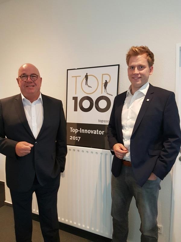 Bürgermeister Wilfried Holberg (links) und Benedikt Grütz vor dem Interview.