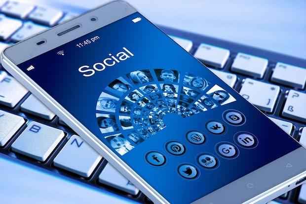Photo of Social Media Learning – Wie Facebook & Co. das Lernen verändern
