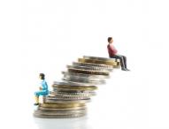 Weltfrauentag: Lohngleichheit deutlicher fördern